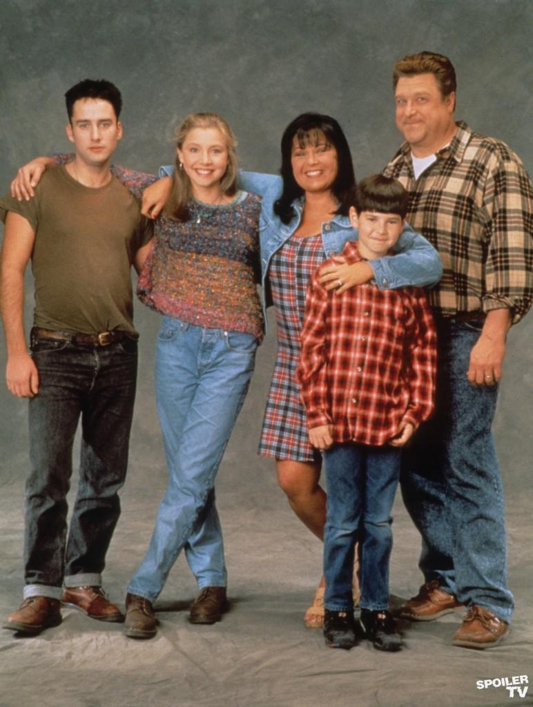 Roseanne-roseanne-32172082-1955-2592