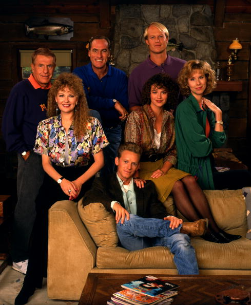 UNITED STATES - SEPTEMBER 25:  COACH - gallery - Season Three - 9/25/90, Jerry Van Dyke (Luther), Craig T. Nelson (Hayden), Bill Fagerbakke (Dauber); Shelley Fabares (Christine), Clare Carey (Kelly), Pam Stone (Judy); Kris Kamm (Stuart),  (Photo by Bob D'Amico/ABC via Getty Images)