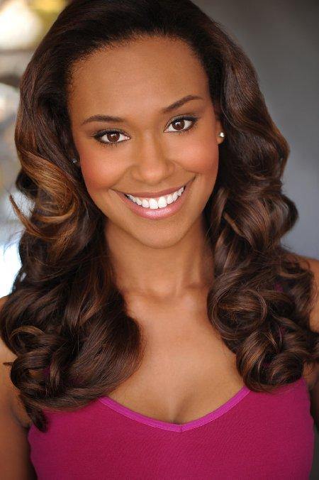 Boston Legal Sara Holt (Ryan Michelle Bathe)