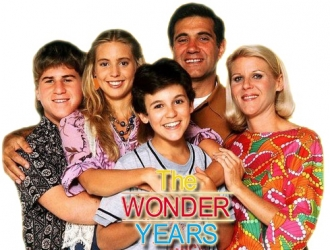 Cast of the wonder years Kevin Arnold-Fred Savage Jack Arnold-Dan Lauria Norma Arnold-Alley Mills Wayne Arnold-Jason Hervey Karen Arnold-Olivia d'Abo
