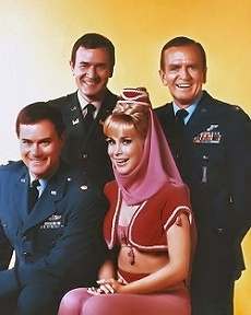 I Dream of Jeannie Cast Tony Nelson-Larry Hagman Jeannie-Barbara Eden Roger Healey-Bill Daily Dr. Alfred Bellows-Hayden Rorke Amanda Bellows-Emmaline Henry