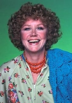 http://www.endedtvseries.com Threes company Mrs roper